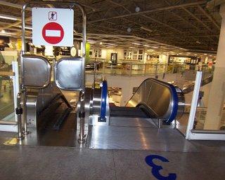 Ikea_cart_escalator