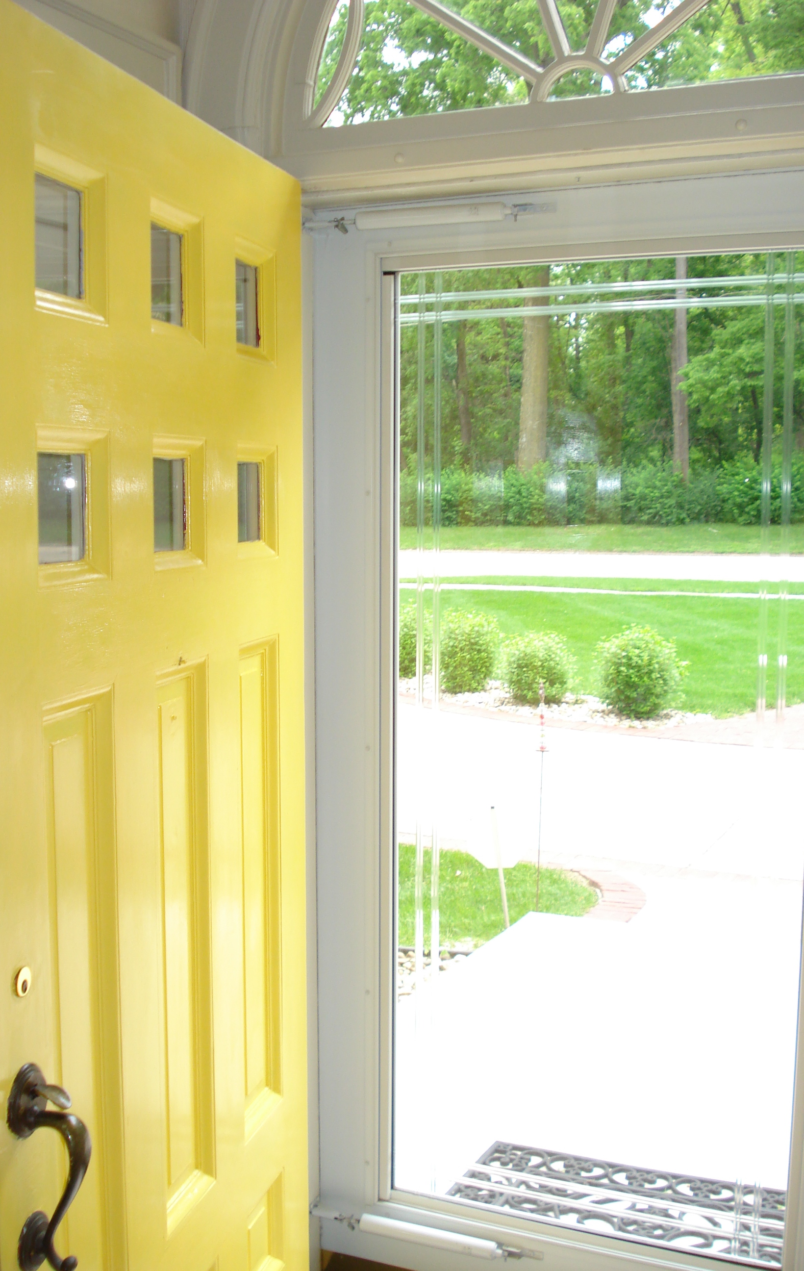 Yellow Front Doors Are Not For The Faint of Heart or Neighborhood ...