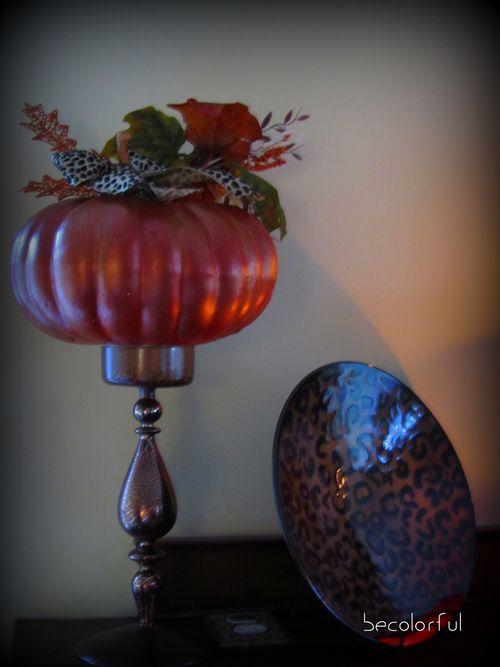 Mantel left side pumpkinplate