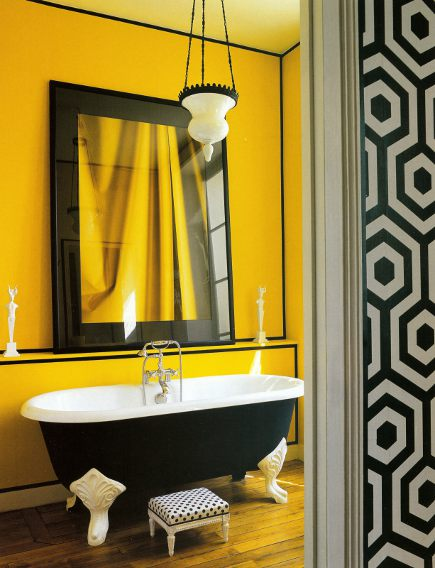 Attic mag yellow bath