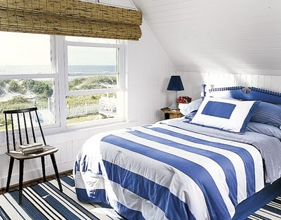 Blueberry-White-Stripes-Bedroom-MKOVR0706-de copy 2