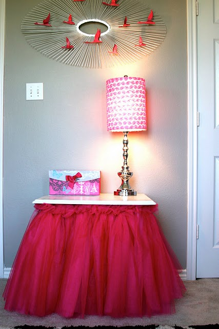 Tulle skirt table