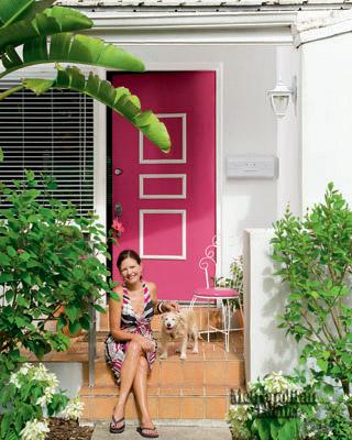 Photo 2- pink door