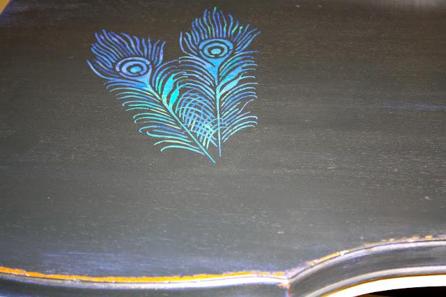 Peacock vanity