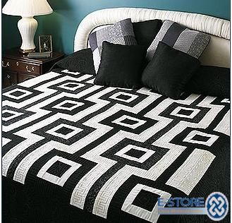 E-storepatchwork-quilt-in-black-and-white-design-108002-555