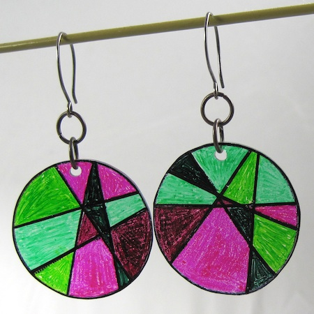 Stained-glass-shrinky-earrings-004
