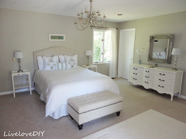 Decorating a bedroom (9)