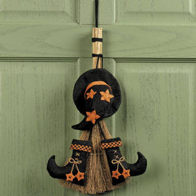Http-::furniture.about.com:od:accessoriesguide:ss:Halloween-Decoration-Ideas_5