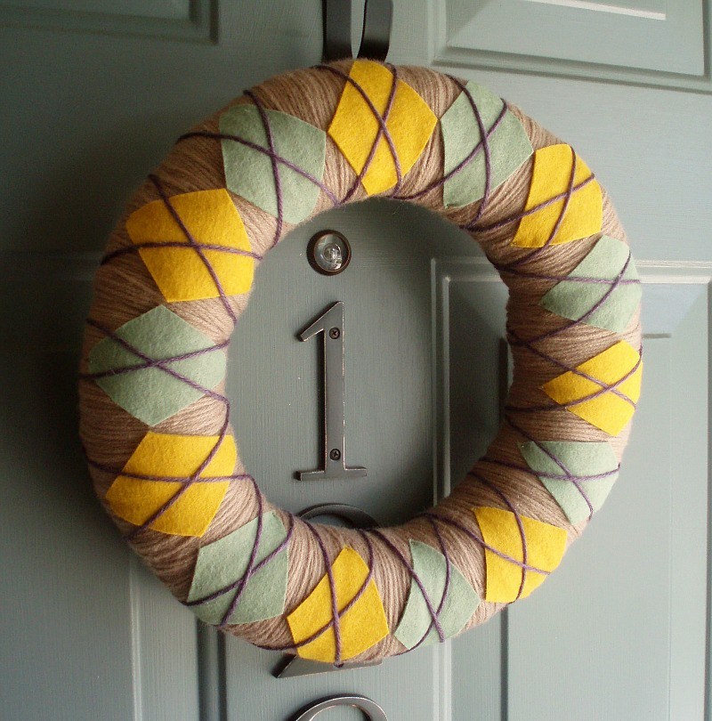 Http-::www.etsy.com:listing:53092763:yarn-wreath-felt-handmade-door