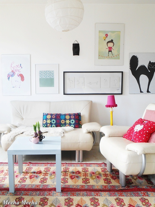 Colorful spring living room 11