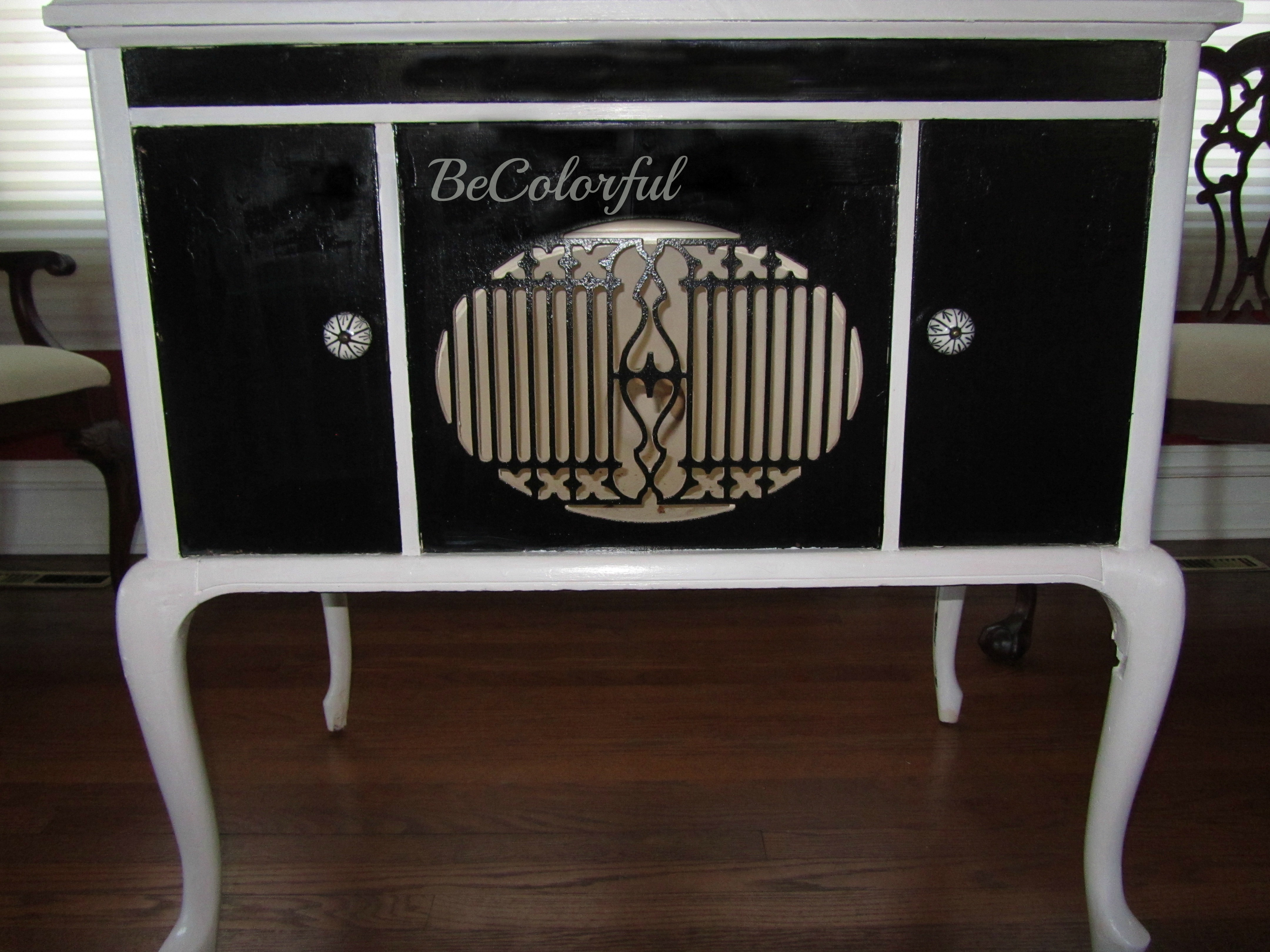 Sensational Dressing Up A Vintage Cabinet With Hollywood Regency Flair Download Free Architecture Designs Sospemadebymaigaardcom