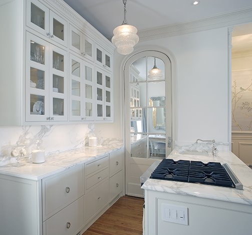 Via Kelly's blog all-white-kitchen-with-white-marble-counter-tops-and-mirror copy