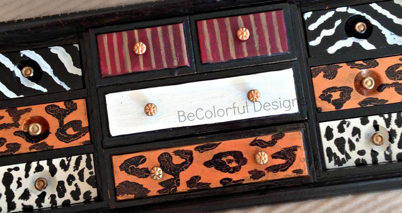 Lisa jewelry box close up.jpg