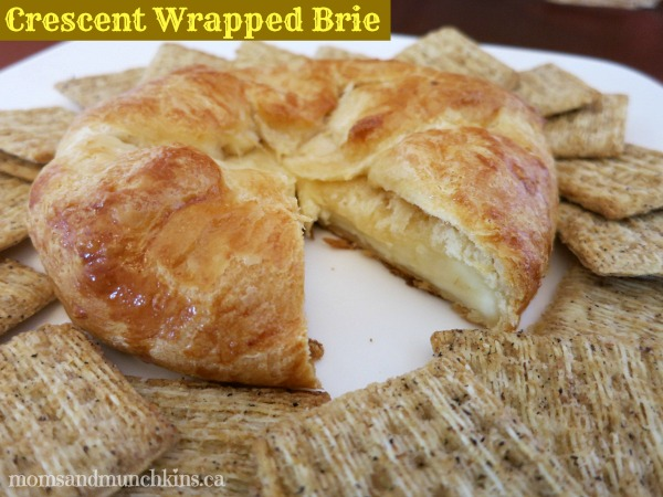 Easy-thanksgiving-appetizers-brie