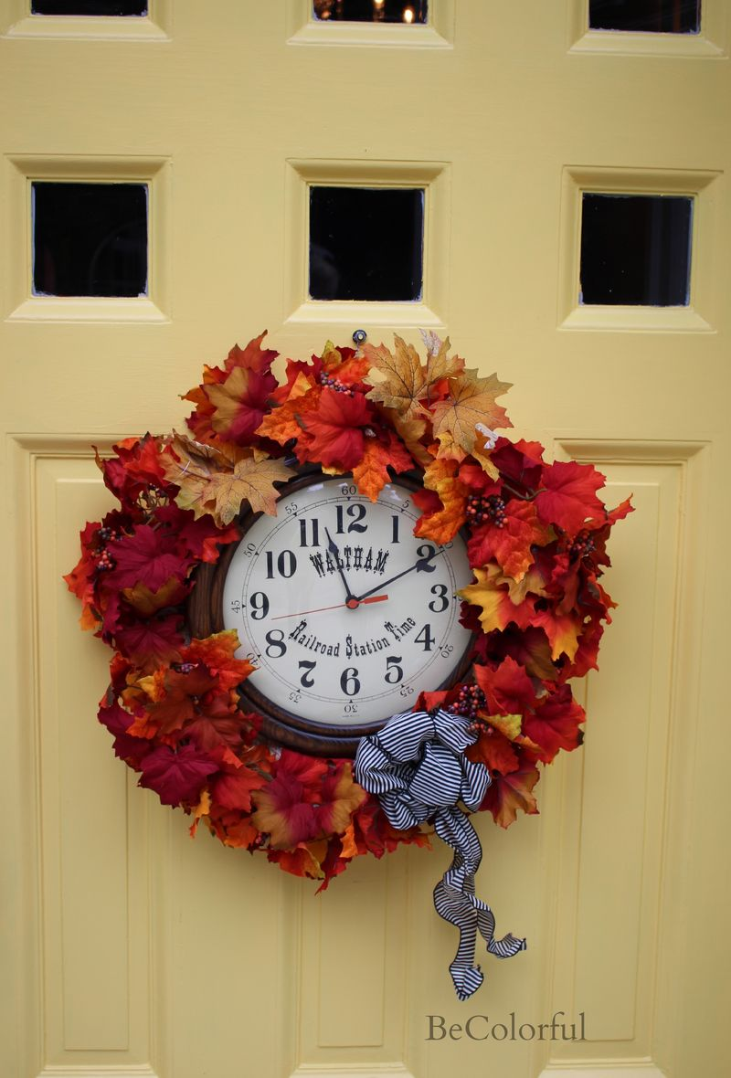 Clock wreath.jpg