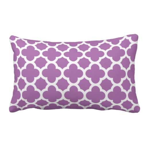 Purple_quatrefoil_trellis_pattern_throw_pillows-rfdc5188c2fb04617ad5330948c49e0b1_2zbjp_8byvr_512
