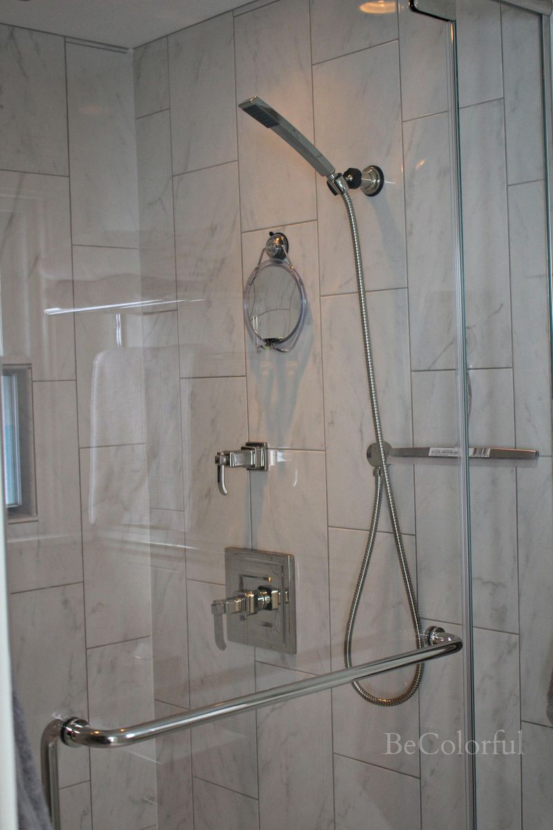 Shower door closed.jpg
