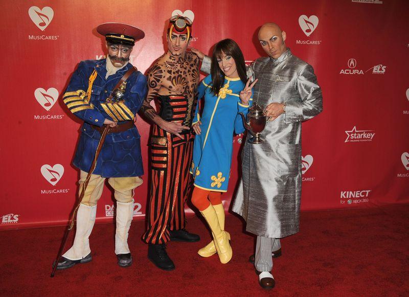 Castmembers-Beatles-LOVE-Cirque-du-Soleil-2012-MusiCares-Person-of-The-Year-Gala-Honoring-Paul-McCartney-138697689-original (1)