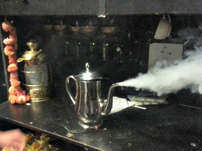 Love smoking teapot.jpg