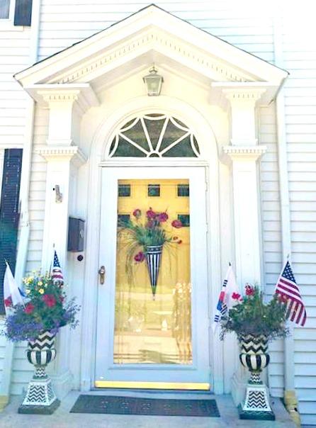 Sumi's front door pic.jpg
