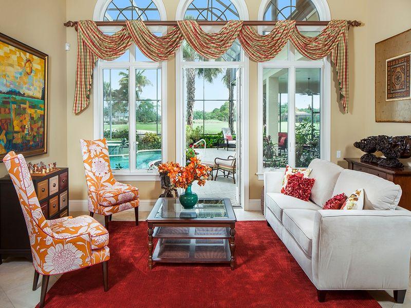 Chinaberry livingroom