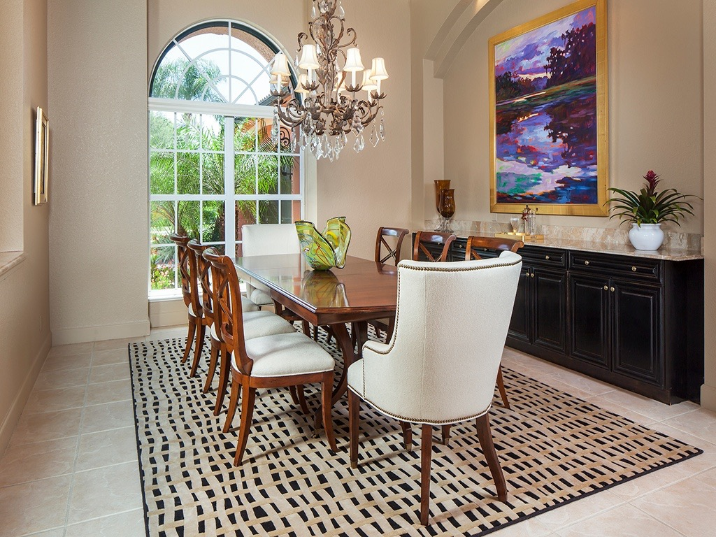 We Didnu0027t Get Very Much In The Way Of Furniture With Our Home Purchase But  This Dining Room Set And The Rug Did Stay. The Buffet Is A Built In So I ...