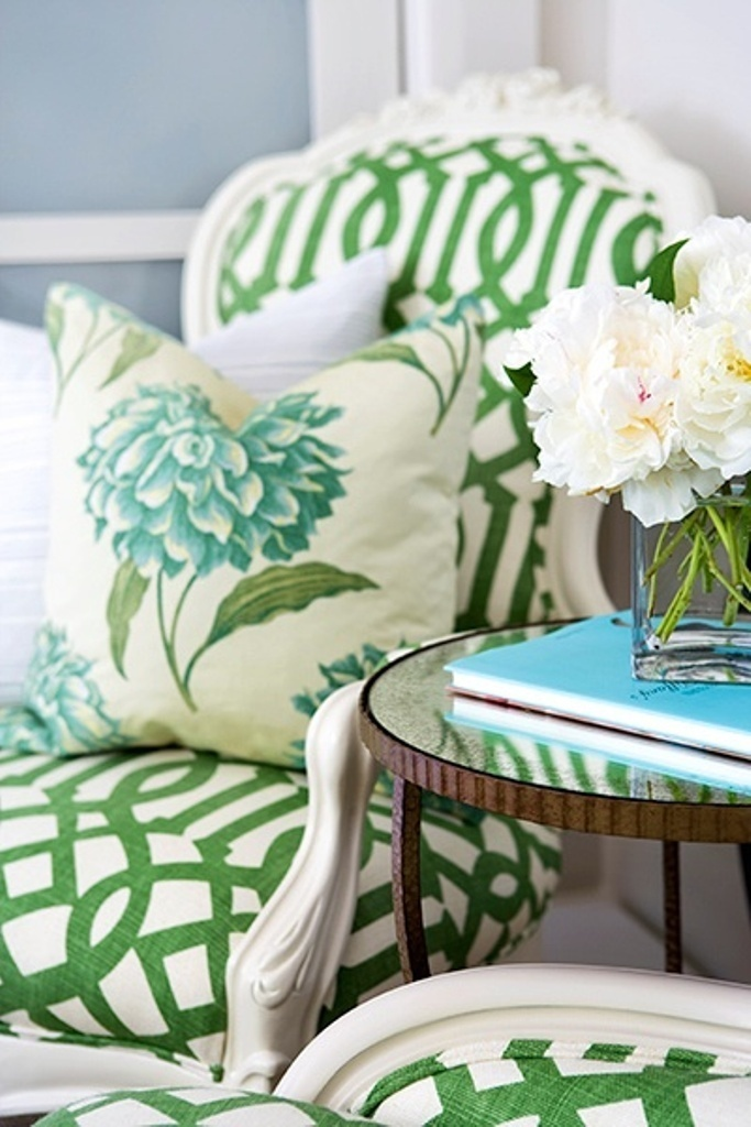 Green-white-decor Samantha Pine
