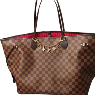 Bag with charm