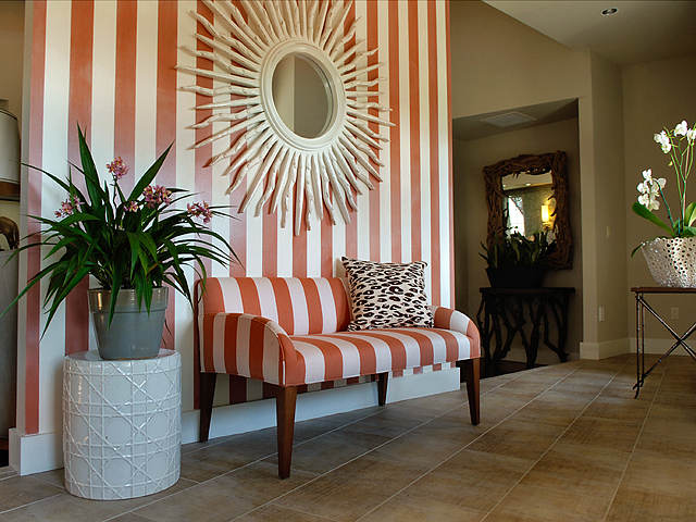Striped and foyers