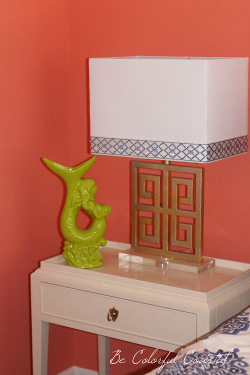 Fan Coral wall color with lamp