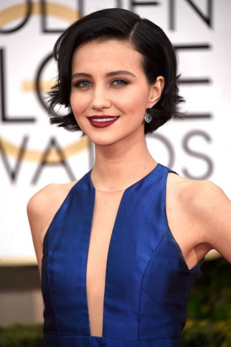 Julia-Goldani-Telles--2015-Golden-Globe-Awards--04-662x996