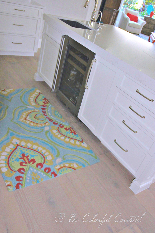 Kitchen rug and ice maker