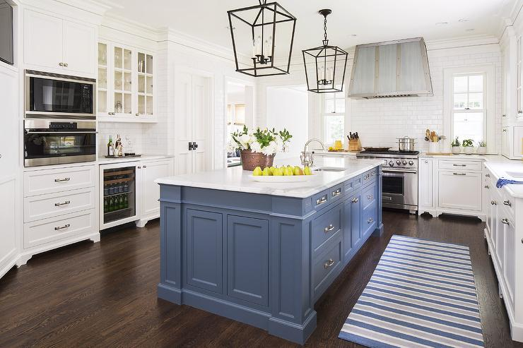 Blue-kitchen-island-painted-benjamin-moore-van-deusen-blue