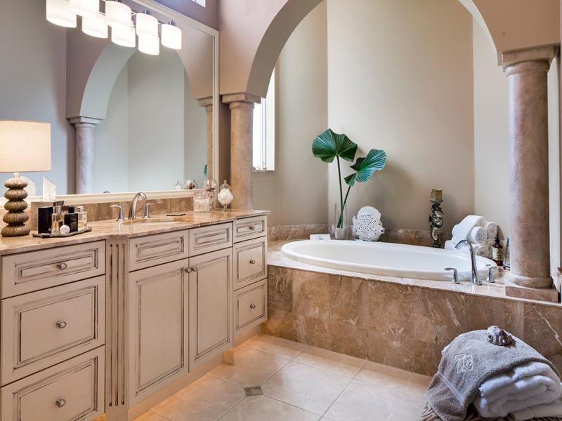 Haydon master bath 2