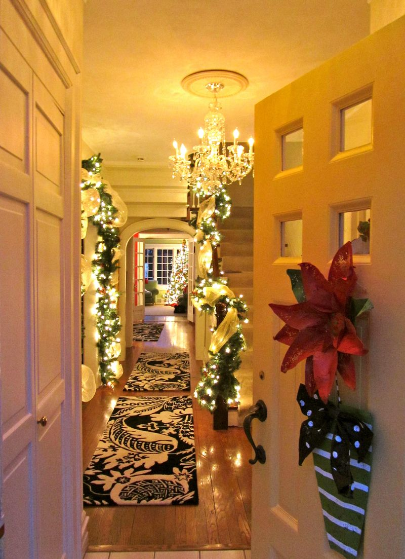 Holiday foyer