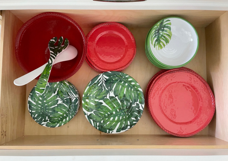 Favorite organizing hacks kitchen dishes  (1)