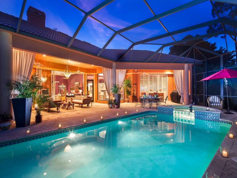 Haydon pool at night